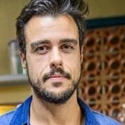 Joaquim Lopes encantou ao aparecer com suas gêmeas