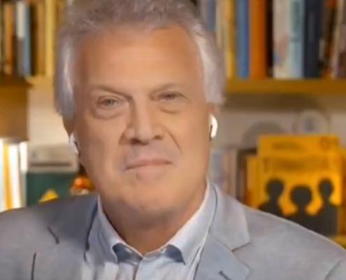 Pedro Bial fez uma rara aparição com a filha Laura