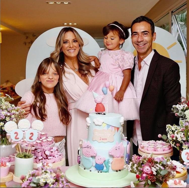 Rafaella Justus no aniversário de sua irmã bebê