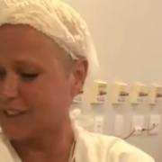 Xuxa Meneghel mostrou sua afilhada nascendo