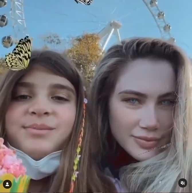 A filha de Grazi Massafera ao lado de sua prima