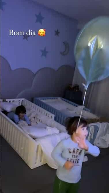 Filhos de Gusttavo Lima no novo quarto