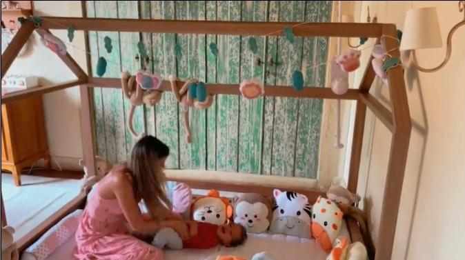 Biah Rodrigues mostrando o novo quarto de seu bebê com Sorocaba