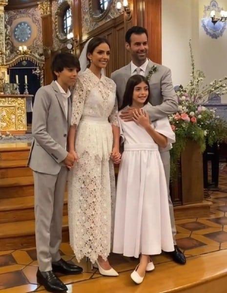 Luca e Isabella, filhos do Kaká, foram o pajem e a dama de honra do casamento da mãe