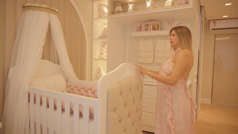 Quarto da bebê de Léo Santana com Lorena Improta