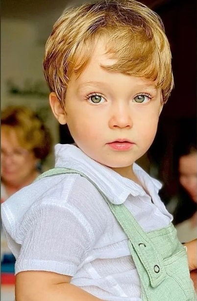 O menino Gael, que é filho do humorista Paulo Gustavo