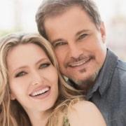 Edson Celulari e Karin Roepke publicaram uma linda foto juntos
