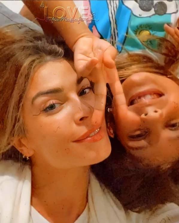 Grazi Massafera e sua filha Sofia, fruto do casamento com Cauã Reymond