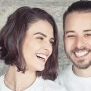 Mônica Benini e Junior Lima são pais de um casal